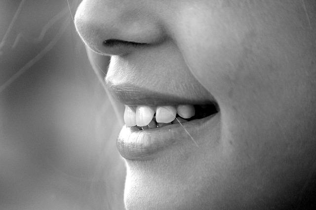 Beljenje zob in druge storitve pomagajo do popolnega nasmeha